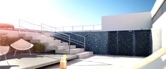 Vista escalera azotea con piscina edificio lujo