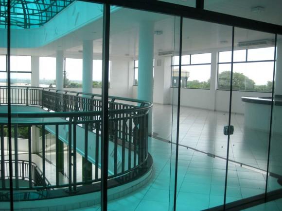 Locales comerciales diseño shopping arquitectura interior