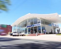 Edificio Megapunto - Punto Farma