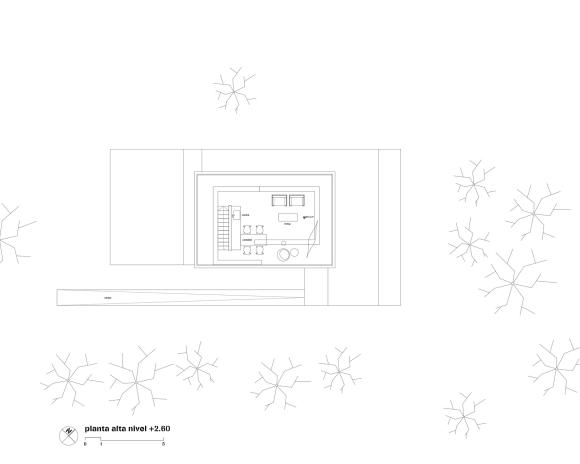 51fbe693e8e44e82ac00008c_caja-obscura-javier-corval-n-laboratorio-de-arquitectura_upper_floor_plan