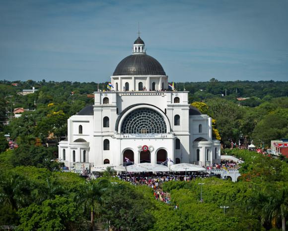 Basilica-Caacupe