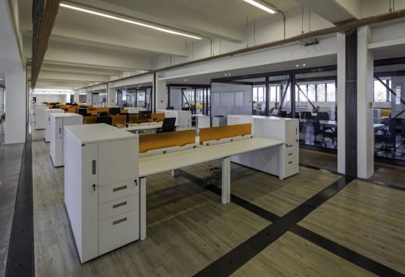 51c2796cb3fc4be6fe000040_oficinas-nexans-chile-schmidt-arquitectos-asociados_1_-1--1000x685