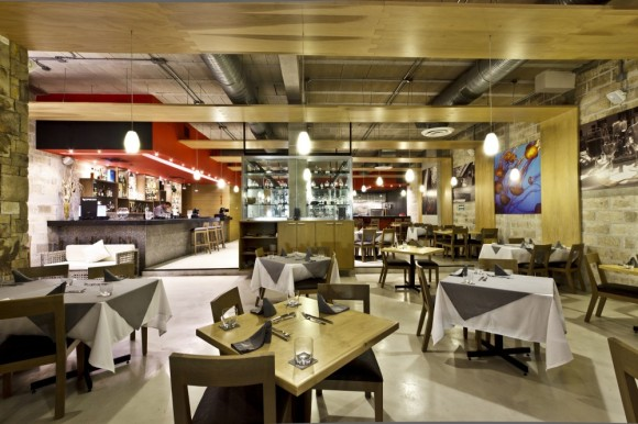 52b8e411e8e44e071d00007d_restaurante-il-dox-arquitectos_img_2285-1000x666