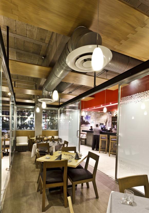 52b8e44fe8e44ed2de0000ac_restaurante-il-dox-arquitectos_img_2291