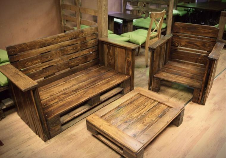 Mobiliario exterior con palets una opci n econ mica y for Muebles con palets planos